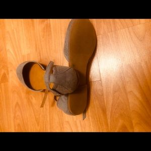 Steve Madden Gray sandals